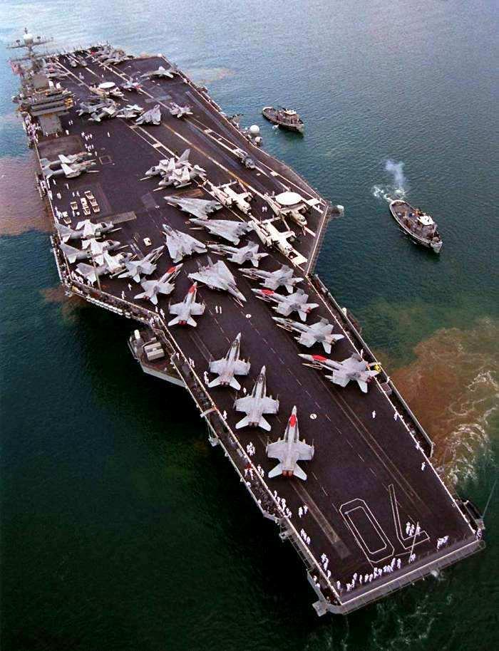 Portaaviones CVN Clase Nimitz